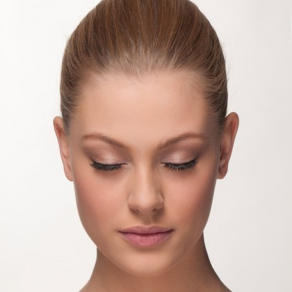 Mink Lashes: natural flirt front view closed eyes