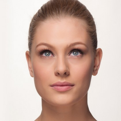 Mink Lashes: parisian flare front view eyes open
